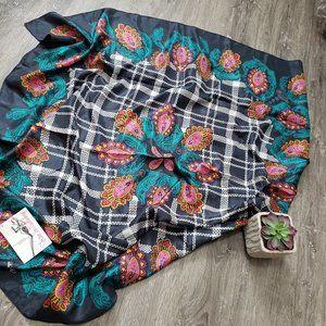 Diane Von Furstenberg Vintage 100% Silk Scarf